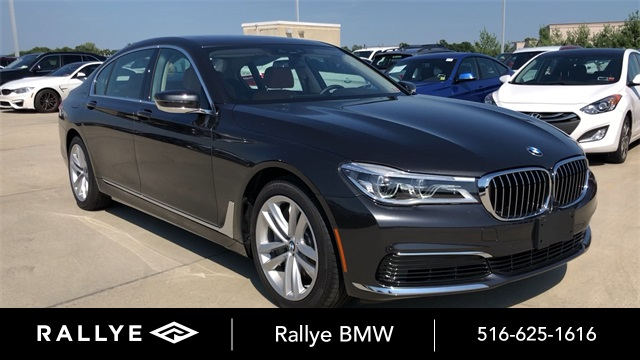 Pre-Owned 2019 BMW 7 Series 750i xDrive
