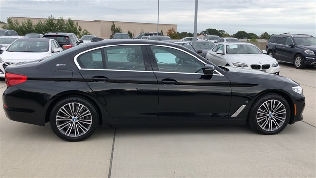 Pre-Owned 2019 BMW 5 Series 530e xDrive iPerformance